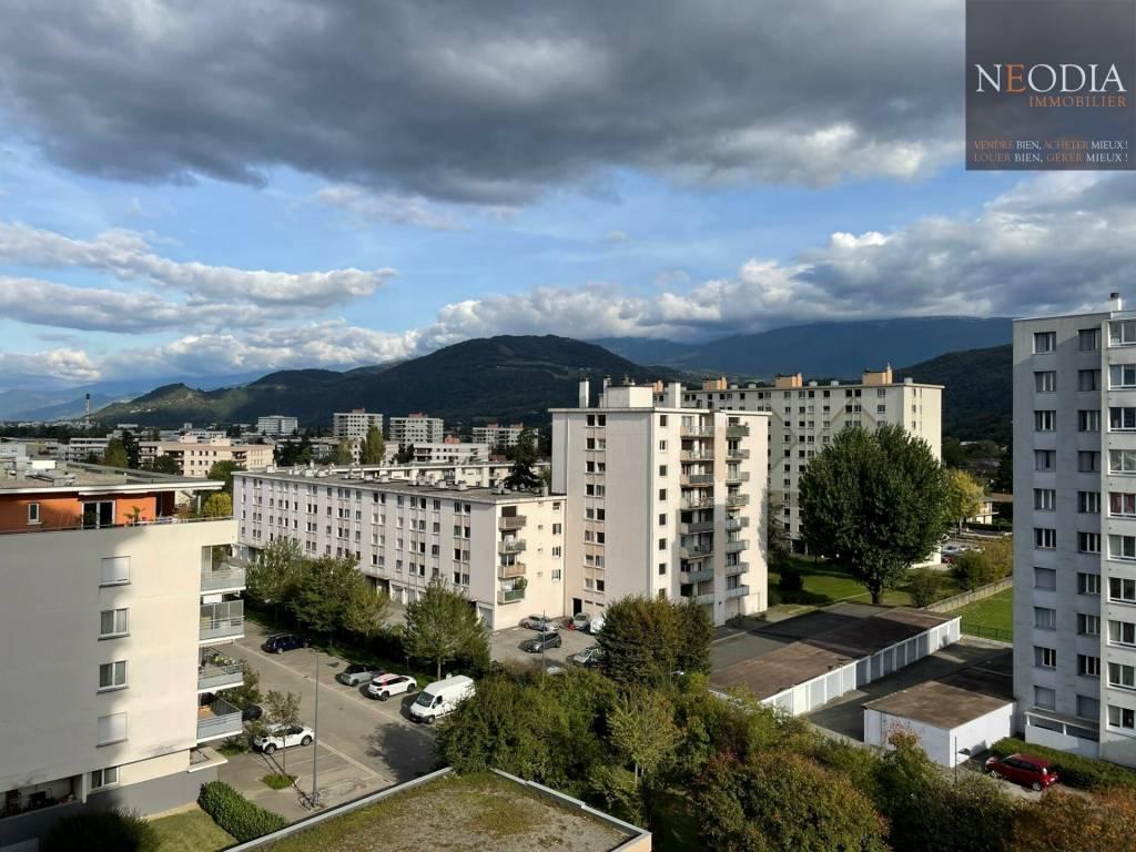 T3 secteur FRANGE VERTE avec 2 balcons et Parking
