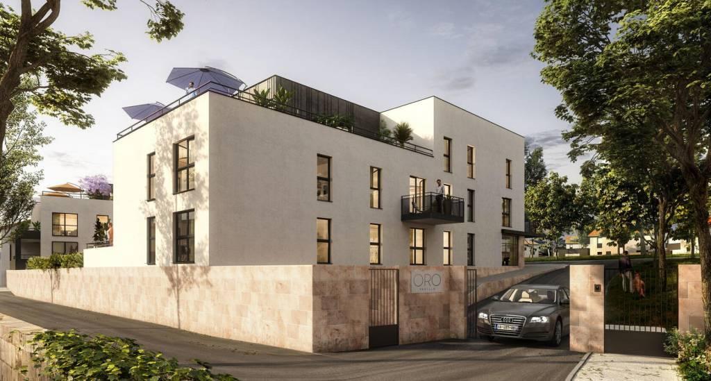 4 pieces avec balcon, cave et 2 garages