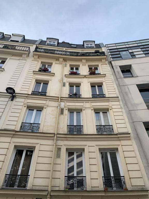 APPARTEMENT Paris XIVème - 2 pièces - 47 m²