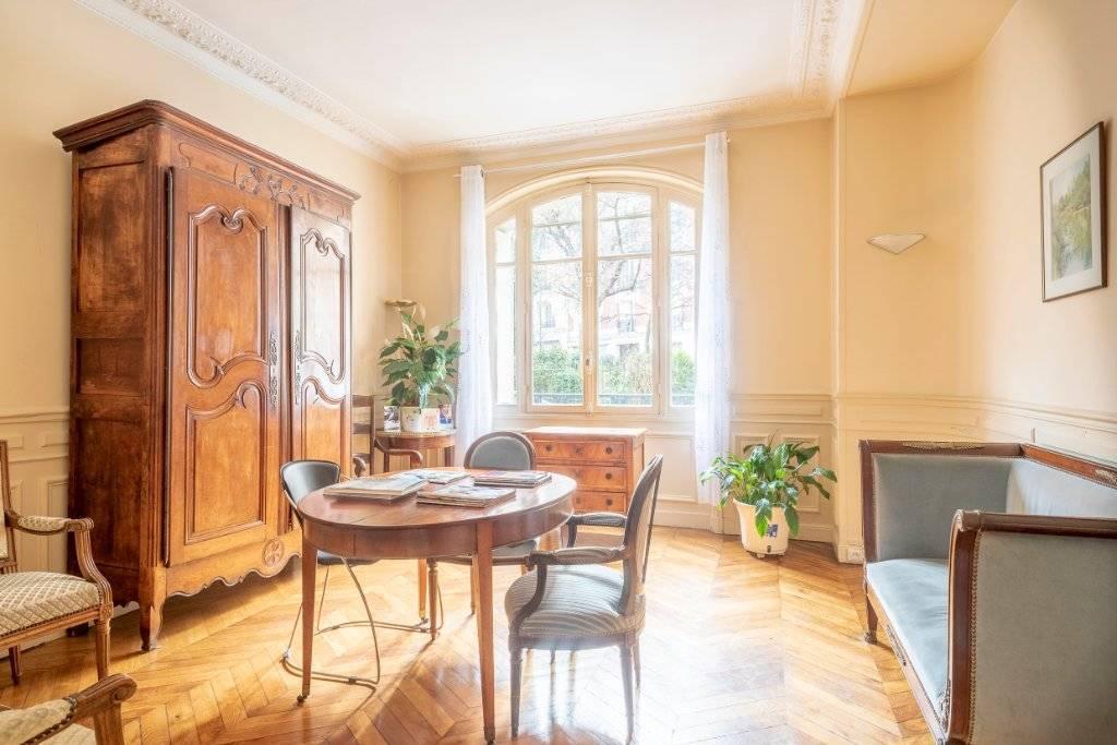 Appartement Paris 3 pièce(s) 82 m2