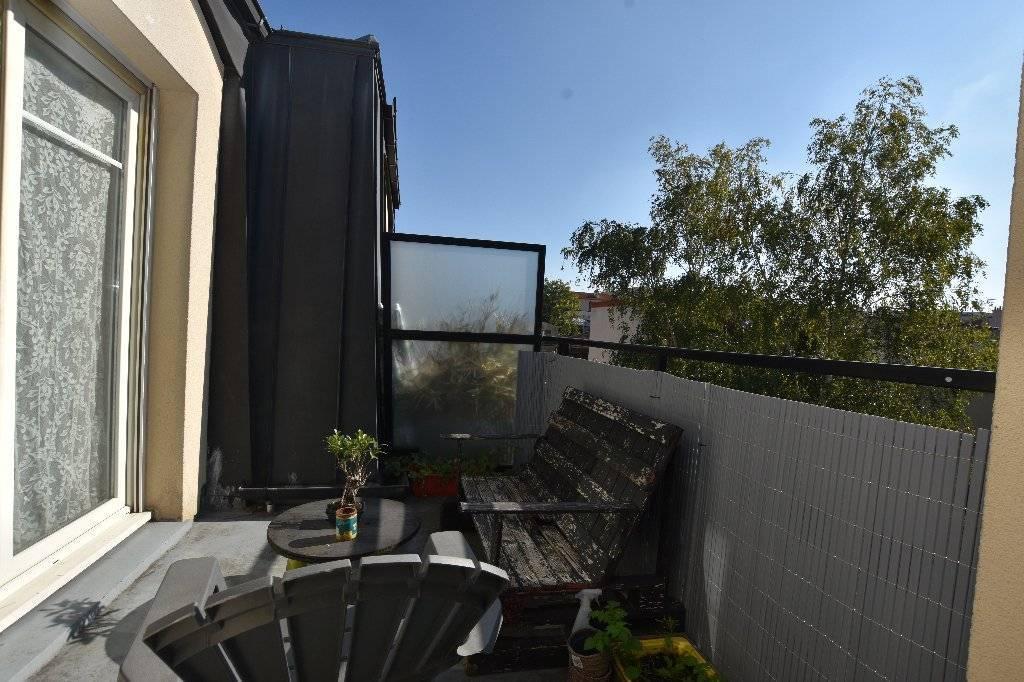 Appartement Saint Ouen Sur Seine 2 pièce(s) 42.10 m2 + terrasse + parking