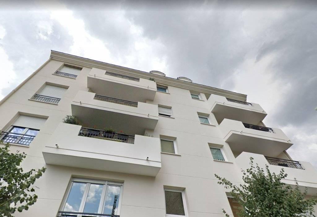 LA GARENNE-COLOMBES  4 pièces  de 96 m2+ Balcon+Cave+2 places de Parking